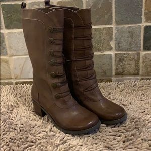 EUC Miz Mooz Normandy Boot size 8/38.5